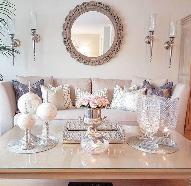 Ønsker dere en nydelig lørdag vakringer ❤🤗❤Wish you all a lovely saturday beautiful❤🤗❤ #pretty_home #inspohome #interior4all #interior_delux #mm_interior #passion4interior #luxury_interiors #interior #dreaminteriors #thestyleluxe #interiorwarrior #shabbyyhomes #instadaily #classyinteriors #finehjem #hem_inspiration #heminredning #interiordesign #saturday #weekend #happy #familytime 💞