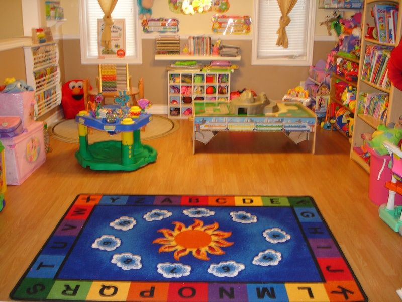 Home daycare rooms on pinterest home daycare home Dacare room designs