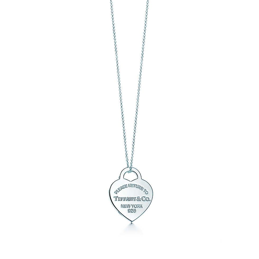 cdfe867fc Return to Tiffany necklace. I've been wanting one of these since I was a  little girl. Christmas is coming :)