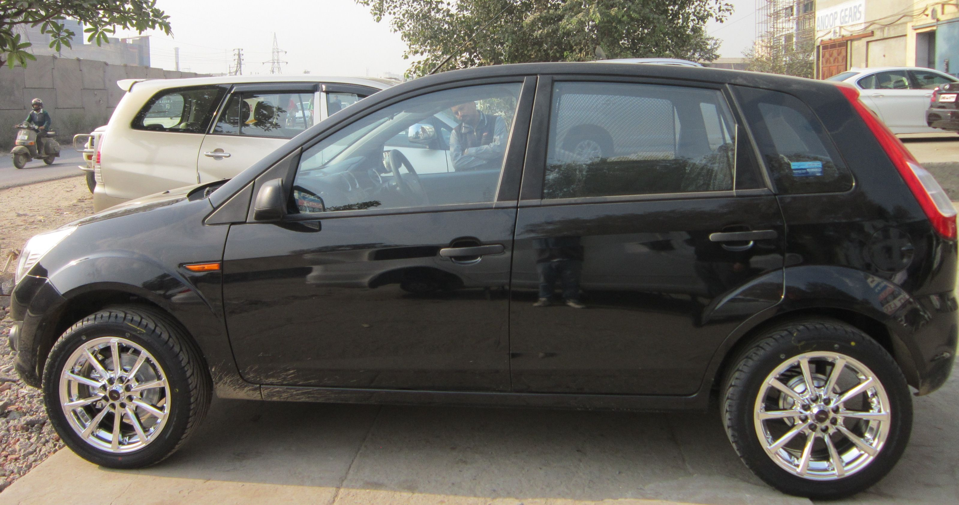 Plati Alloys In Ford Figo Pp 9018 100 108x8 16 Visit Www