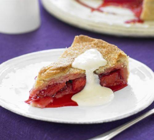Classic plum pie with custard | Recipe | Plum pie, Bbc ...