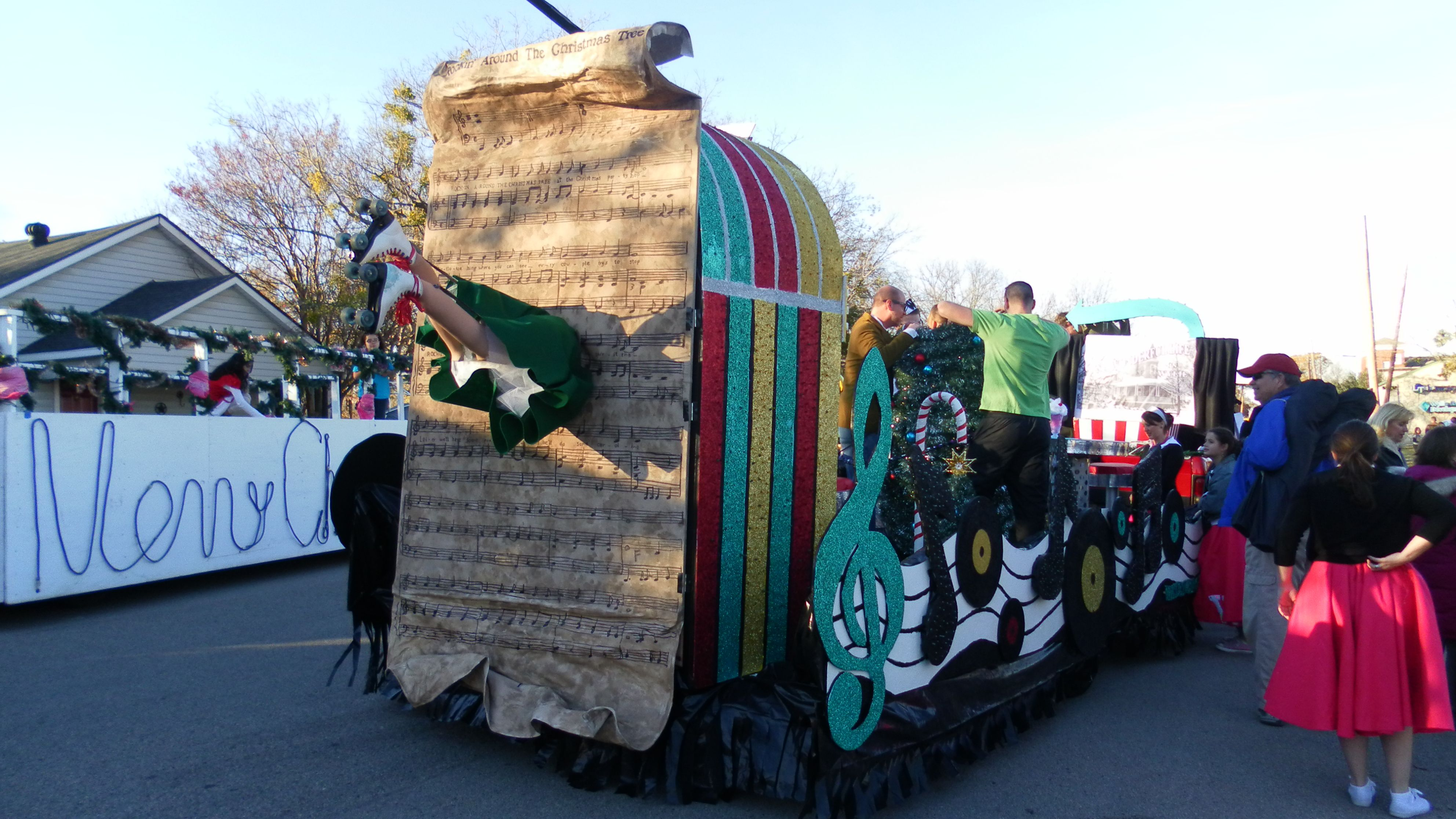 Rockin Around The Christmas Tree Parade Float Ideas.Rockin Around The Christmas Tree Float Ideas View Of The