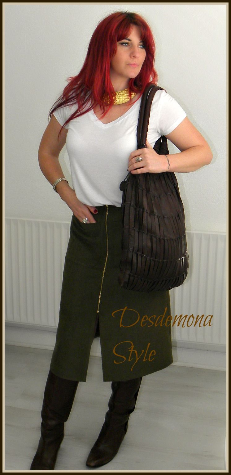 Desdemona Style outfit showcasing brown Wrap of London leather woven tote bag