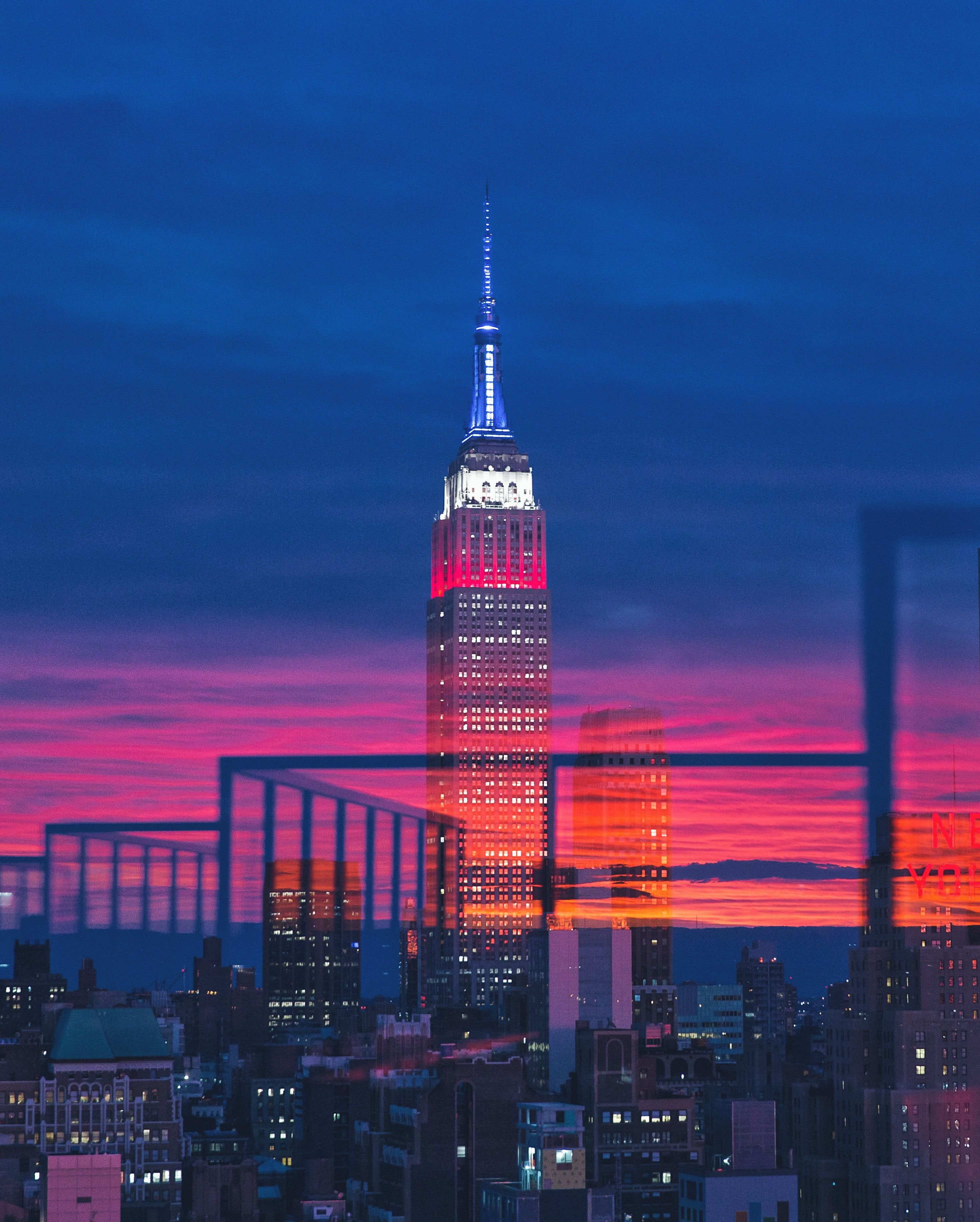 Shooting East Across Manhattan With A Glowing Sunset Behind To The West By Gerry Padden Empire State Building Photo New York City