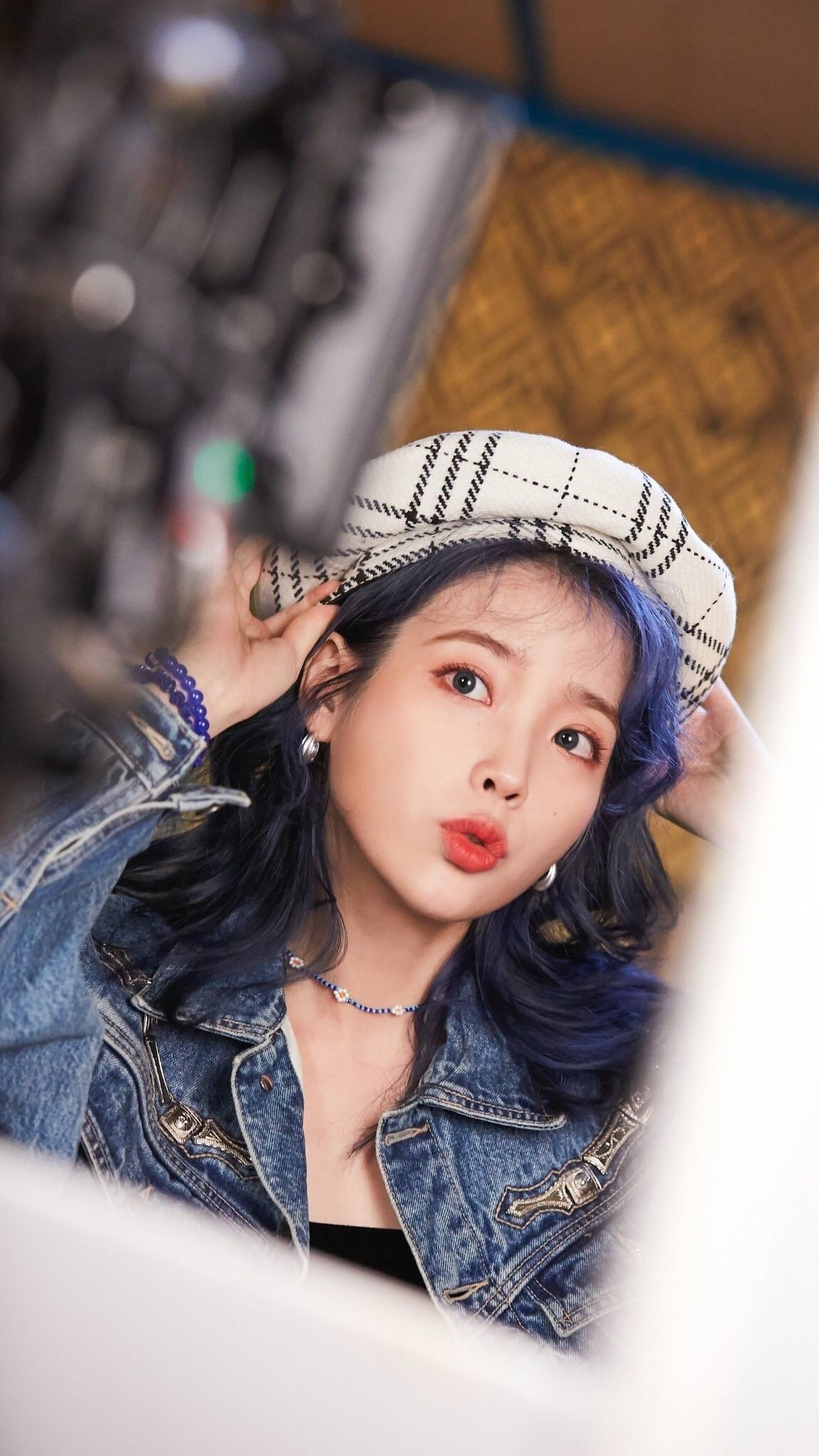 Iu Lovepoem Blueming Wallpaper Aktris Selebriti Gadis Korea