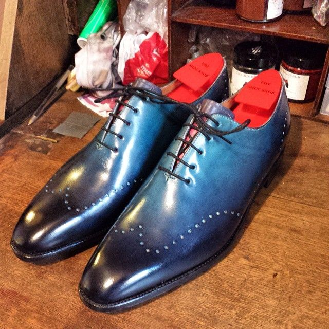 Blue dress shoes... Ombre for men. Cool design and color, navy and ...