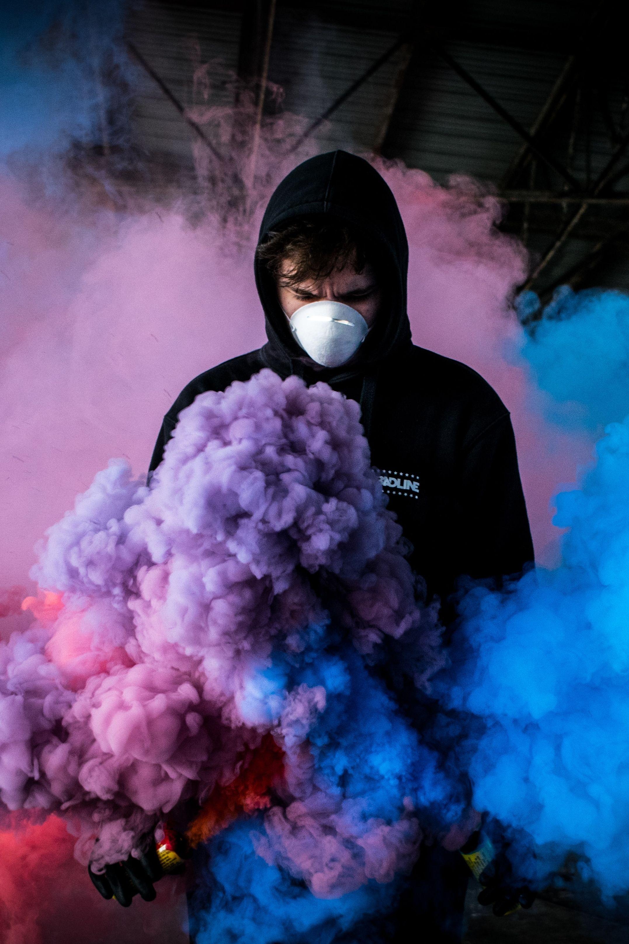 Urbex People Wallpaper Smoke Bomb Photography Colored Smoke Smoke Bomb