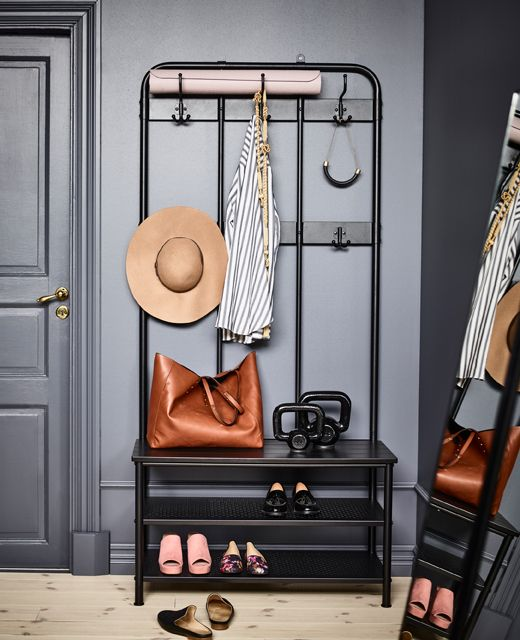 Design A Dark Cocoony Bedroom In 2019 Apartment Bench With Shoe