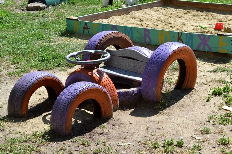 салат поделки из машинных шин для сада фото начинается гнездование, взрослые