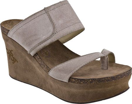 00c674c0d151 OTBT Brookfield in Taupe from PlanetShoes.com