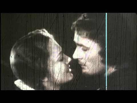 World Kiss Day ! Concours GLOSSYBOX Cinema Paradiso - Kissing Montage - a tear jerking, heart tugging scene from one of the most amazing movies of all time....