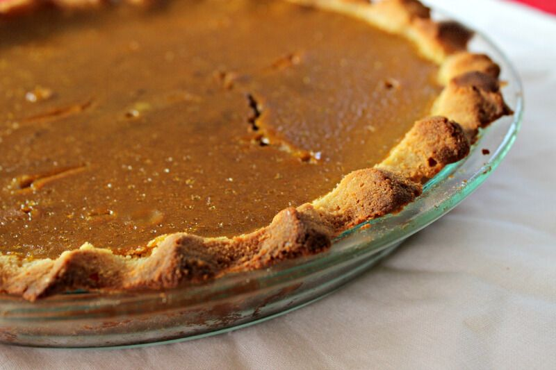 Gluten Free Pumpkin Pie  http://thecoconutmama.com/healthy-gluten-free-pumpkin-pie/