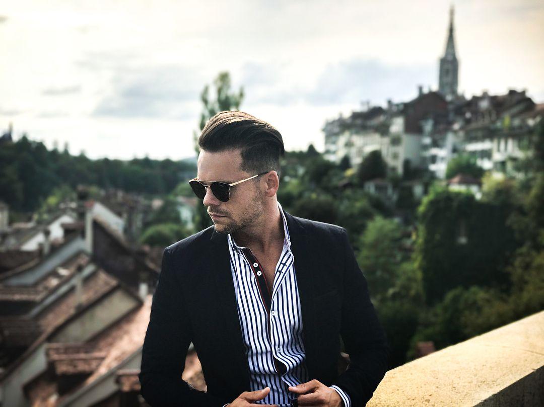 "Gefällt 197 Mal, 10 Kommentare - DEJAN KRST • MODEL • BLOGGER (@dejankrst) auf Instagram: ""Good morning and happy Monday gorgeous people 🖤 . . . Sunglasses: #carrera Jacket:…"""