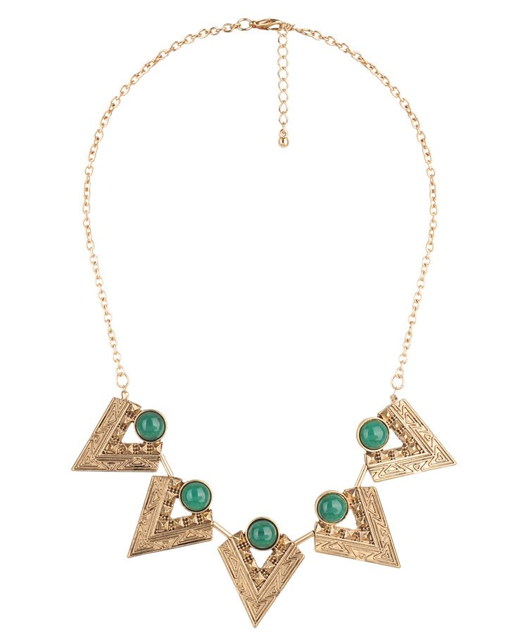 Pointed Tribal Bib Necklace | FOREVER21