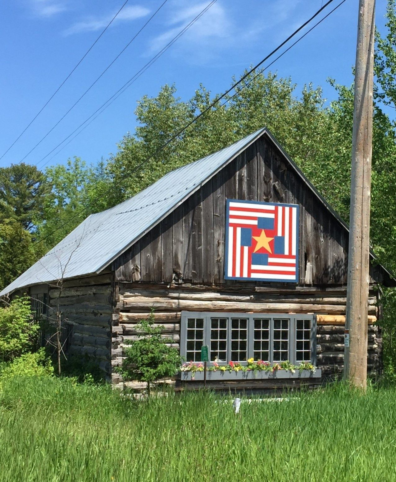 Four Flags Quilt Barn Near Jacksonport Wisconsin On Door County Quilt Trail Painted Barn Quilts Barn Quilts