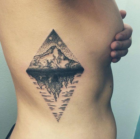 17 12 Jpg 595 594 Pixels Rib Tattoos For Women Ribcage Tattoo Rib Tattoo