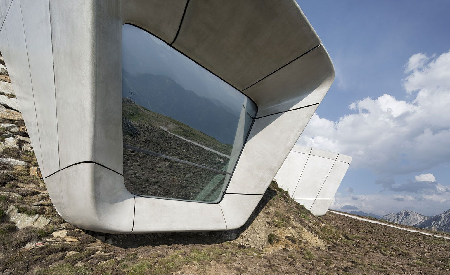 Cliffhanger: Zaha Hadidu0027s Messner Mountain Museum Is Carved Into Mount  Kronplatz
