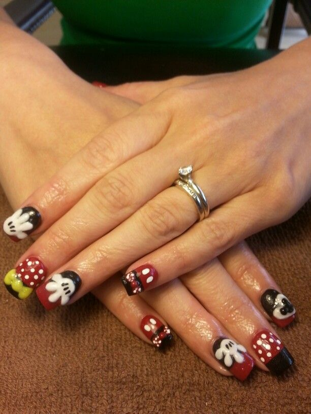 Disney nails / mickey mouse nails /3d acrylic art/ Minnie mouse ...