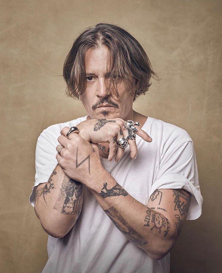 "Johnny Depp on Instagram: ""Hi guys #johnnydepp #jd #actor #movie  #photography @johnnydepp""   Johnny depp, Young johnny depp, Johnny depp  tattoos"