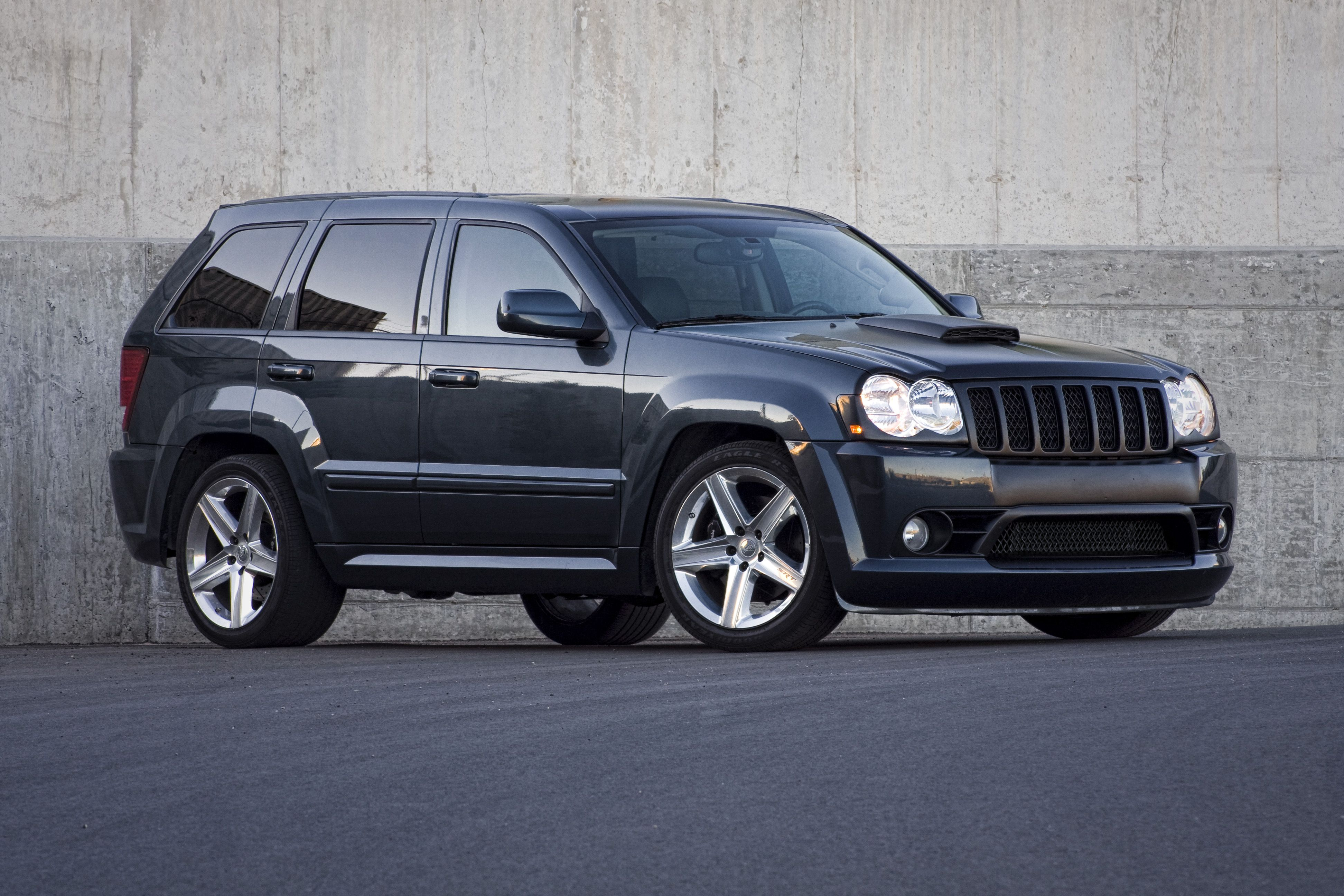 Grand cherokee srt 8 srt8 jeeps pinterest cherokee jeeps and jeep grand cherokee