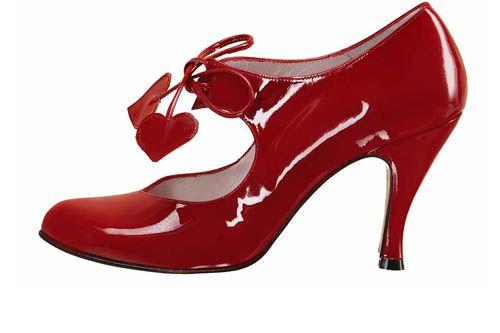zapatos rojos combinarlos