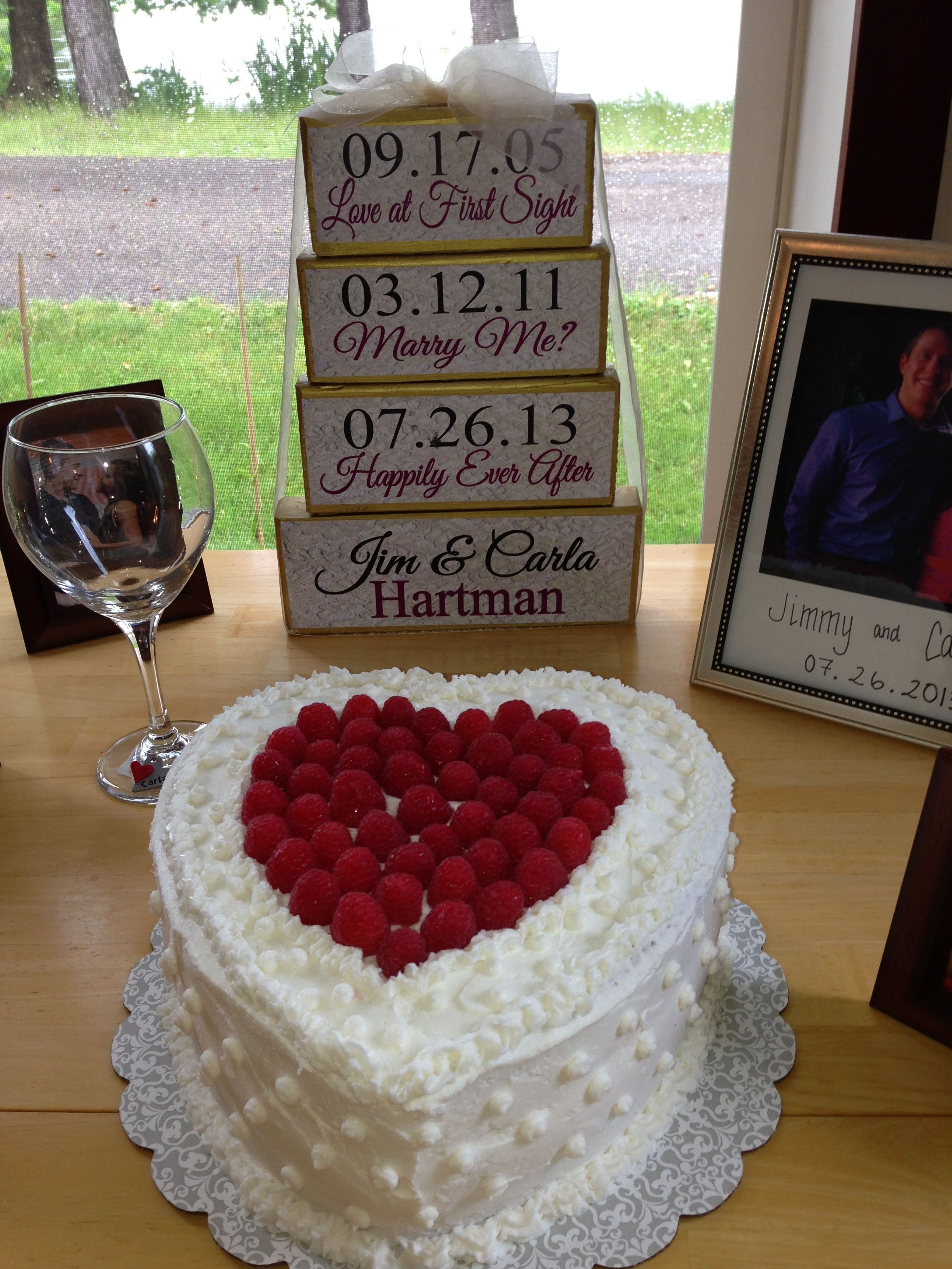Bridal shower decorations and cake Bridal shower food