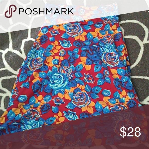 Beautiful rose lularoe azure skirt s Gently used LuLaRoe Skirts Midi