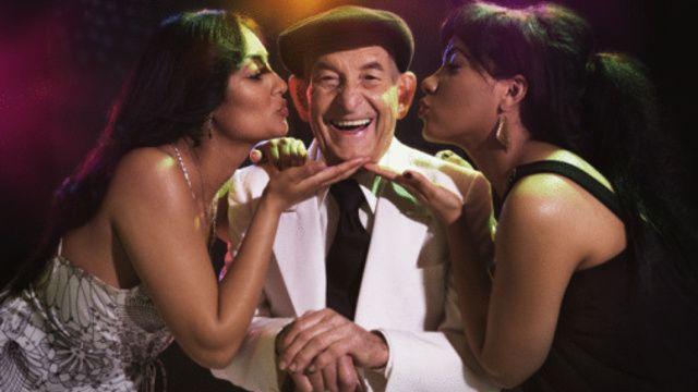 25 Reasons Why Girls Shouldn't Date Older Men