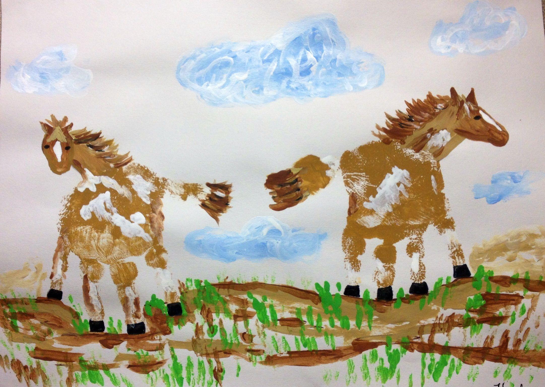 Horse arts and crafts - Animal Crafts Horse Handprint Art