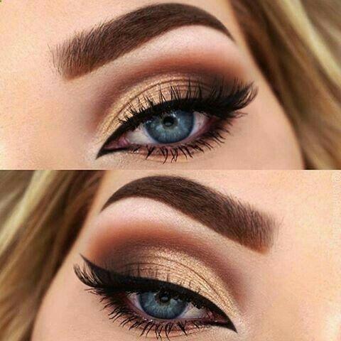 El maquillaje de ojos con tonos dorados es muy verstil y ayuda a