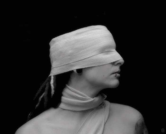 • Blind trust / © S K A • K a r i n • S c h r a n z