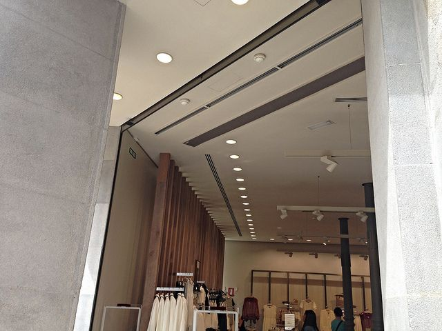 Commercial Entrances Recessed Air Curtains Industrial Decor