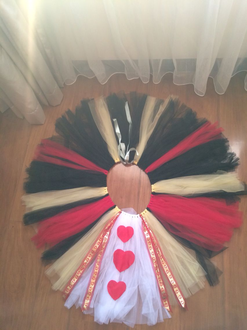 Queen Of Hearts Costume Diy Tutu Queen of hearts DIY tu...