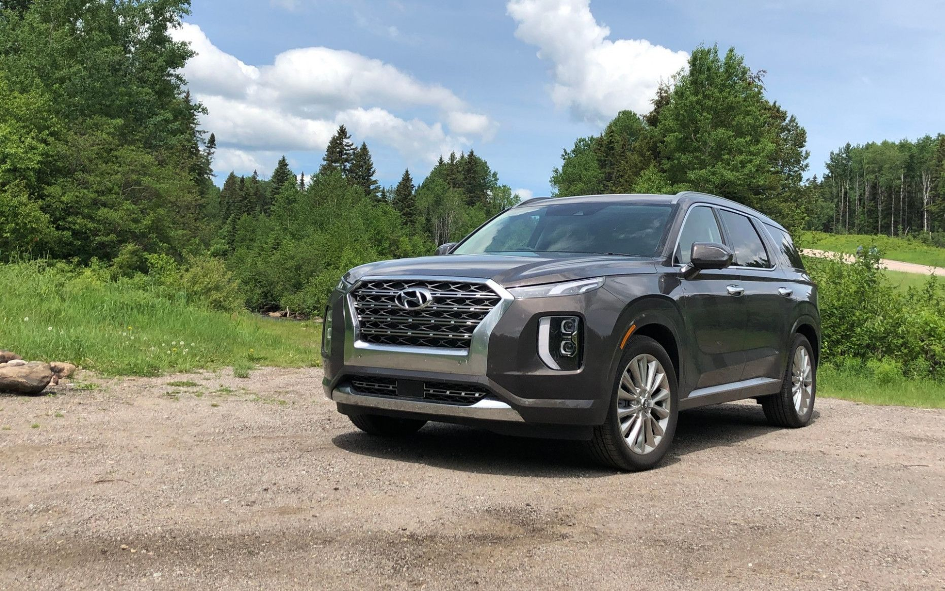 Why Is Everyone Talking About 2020 Hyundai Luxury Suv Concept Car 2020 Luxury Suv Hyundai Suv Suv Comparison