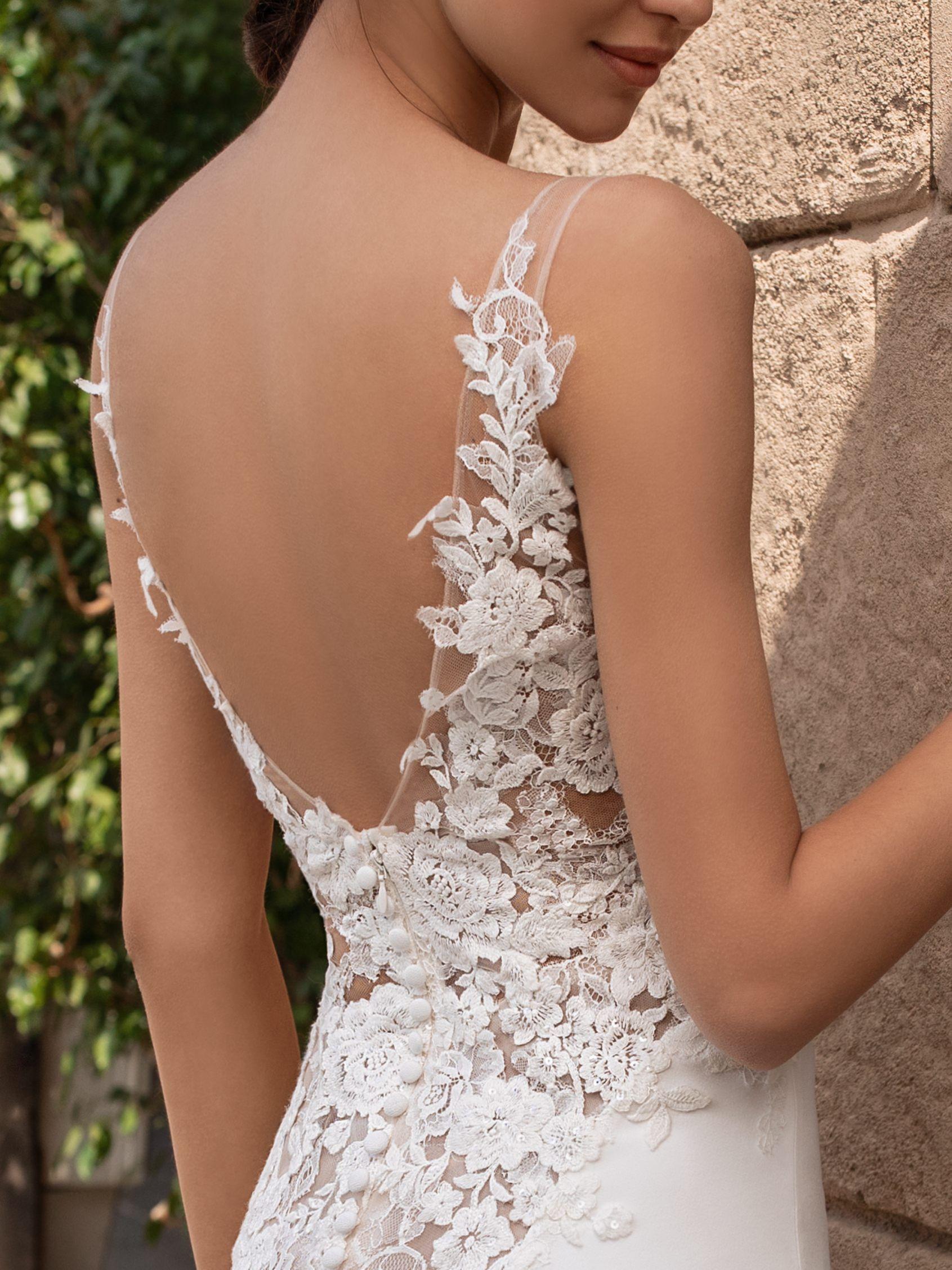 Sleeveless Wedding Dress In Crepe Fabric Pronovias Online Wedding Dress Crepe Wedding Dress Wedding Dresses