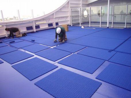 Montage Bergo Decksbelag auf Deck 9 Stena Hollandia
