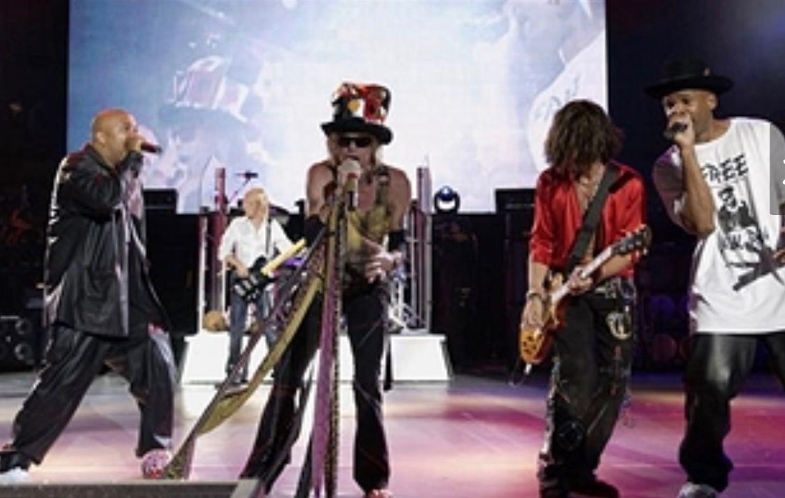 Pin By Judith Williams On Aerosmith Steven Tyler Joe Perry Aerosmith Run Dmc Walk This Way