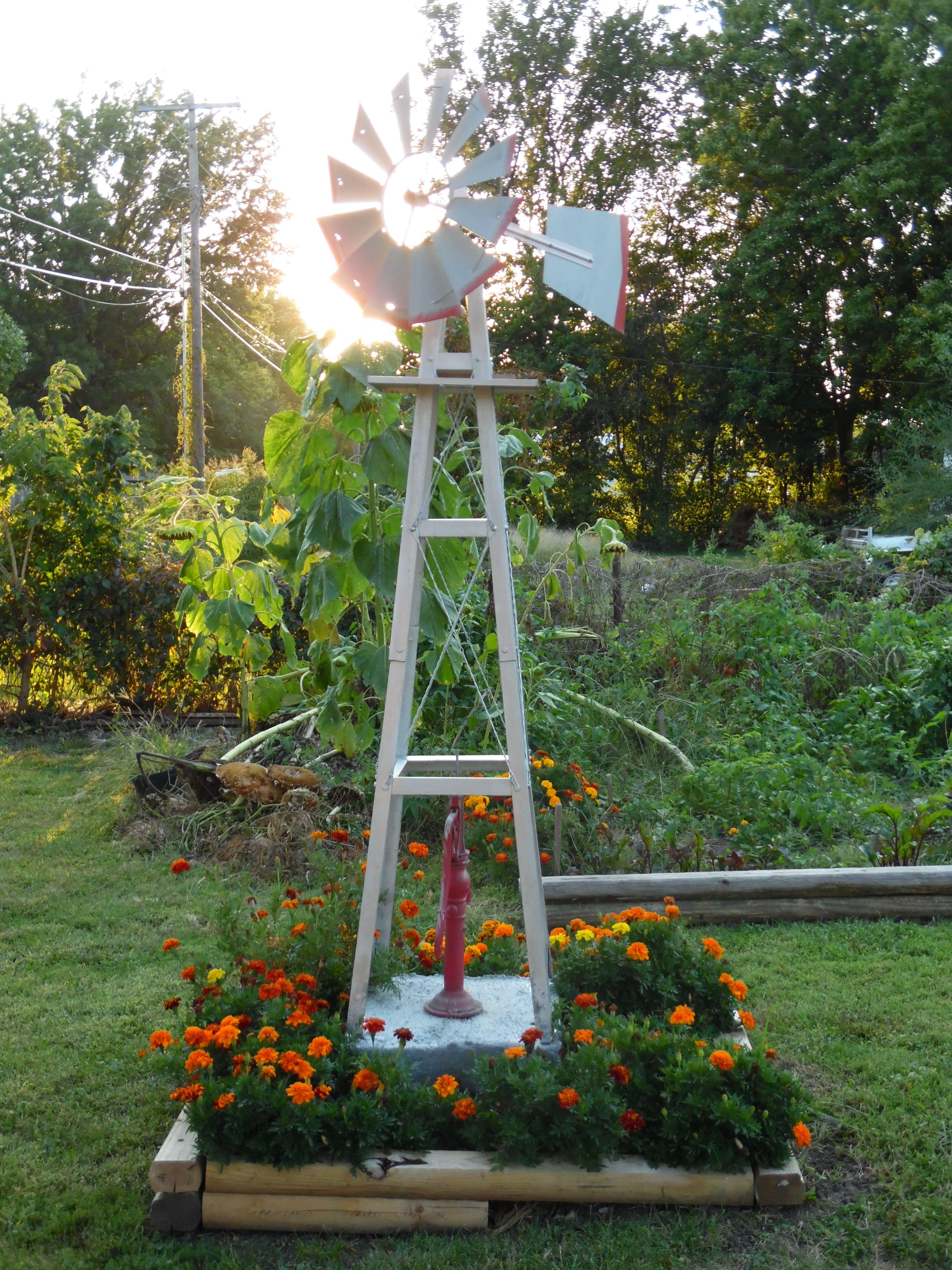 Windmill Bed Windmill Decor Flower Bed Designs Backyard Windmill