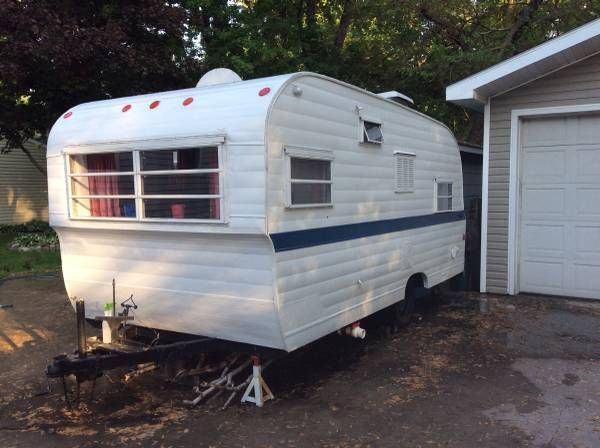 Vintage camper for sale, Neenah, WI ***Vintage Glory