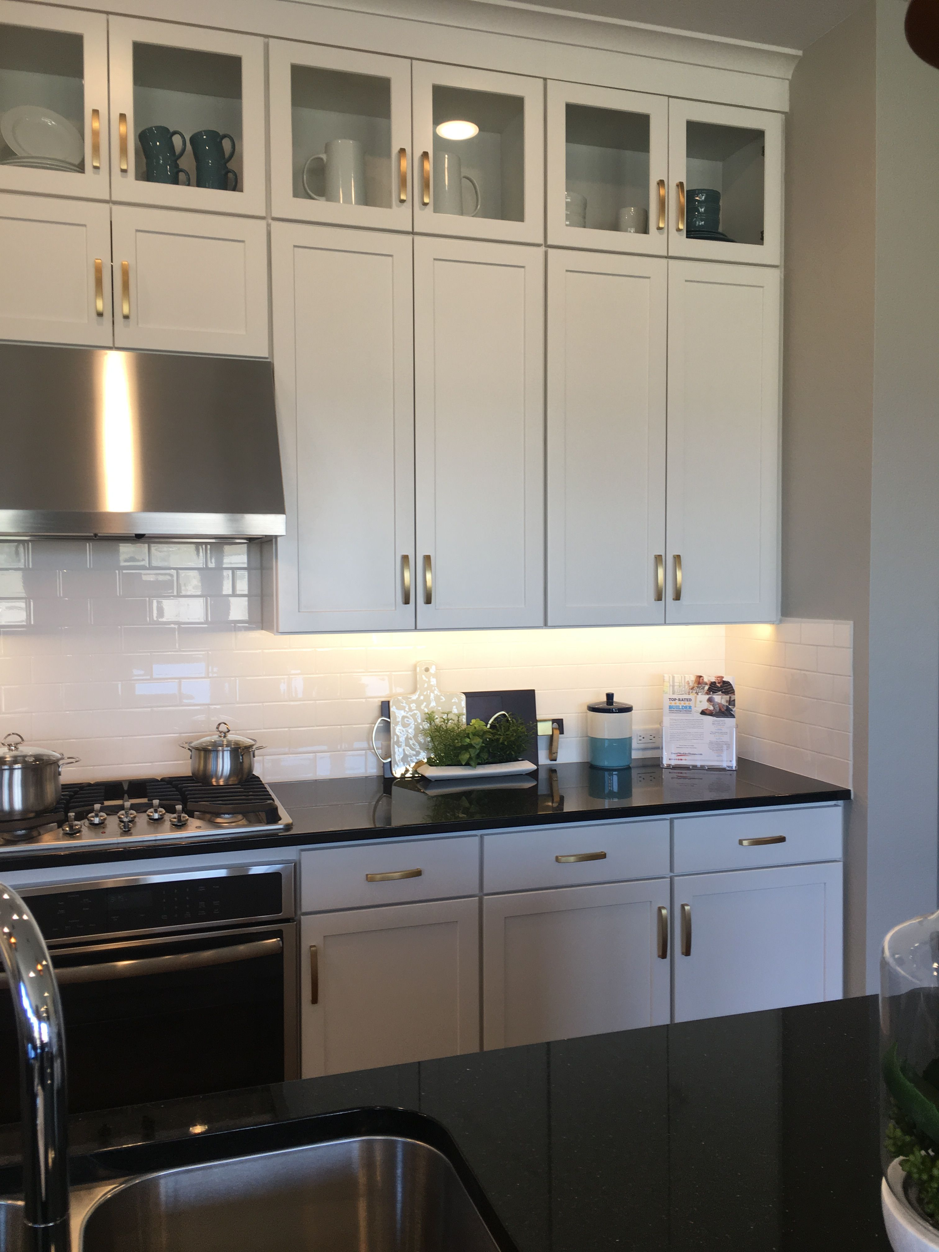 Pin by Brittney Allen on Home: Kitchen | Full overlay ...