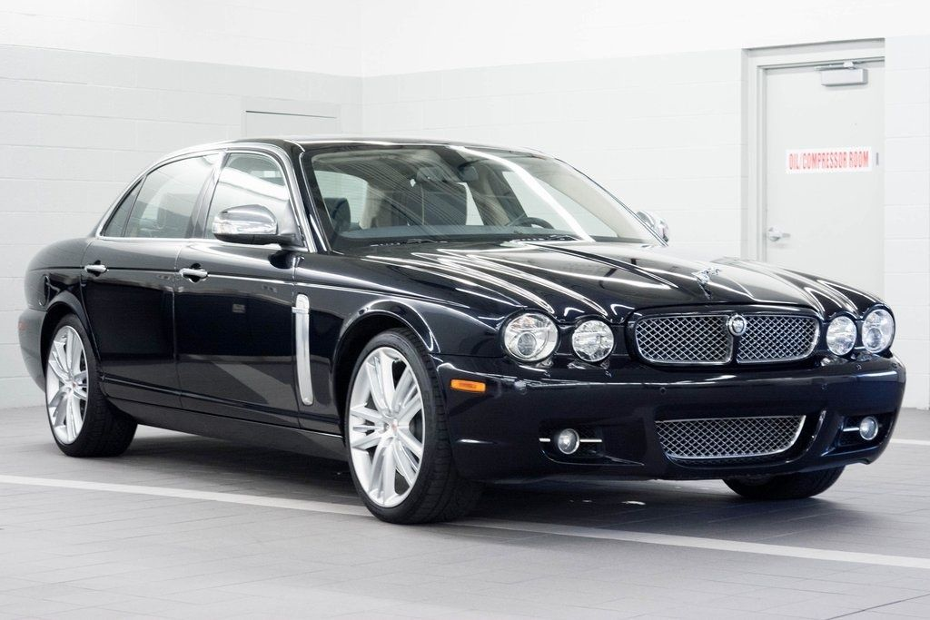23 Cars I Love Ideas Jaguar Car Jaguar Xj Cars