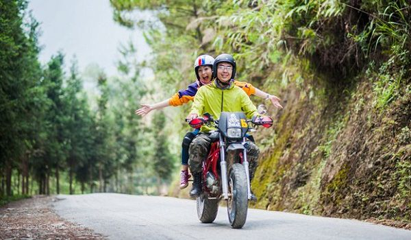 Đi xe máy từ Đà Nẵng ra Huế