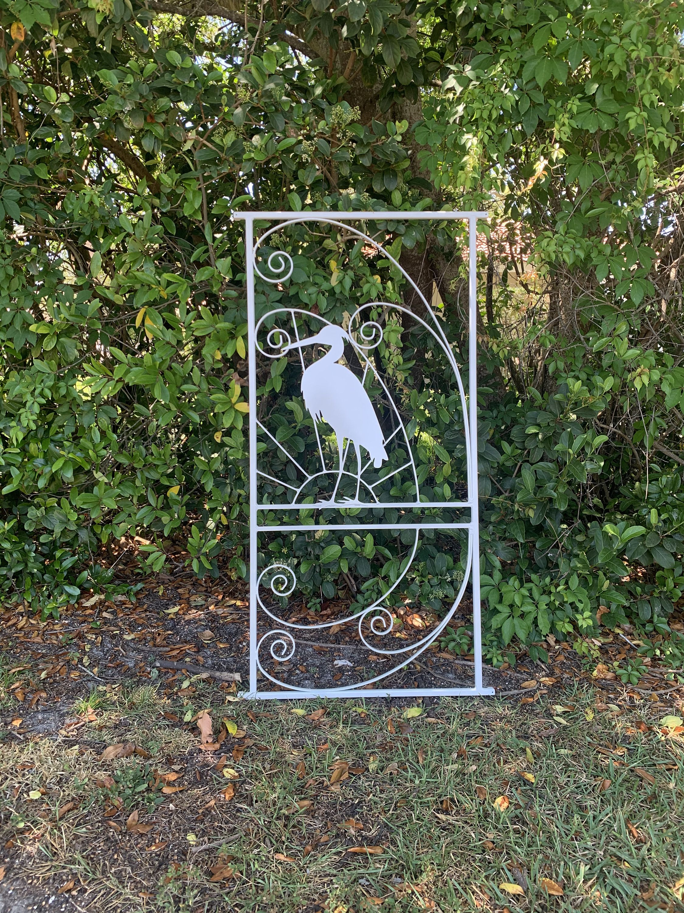 Vintage Style Screen Door Grille Old Florida Style Egret And Sunset Metal Aluminum Decorative And Protective Many Color Choices In 2020 Screen Door Grilles Screen Door Old Florida