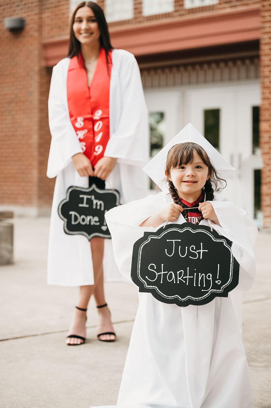 Cap And Gown Ideas Graduation Photos Graduation Pictures