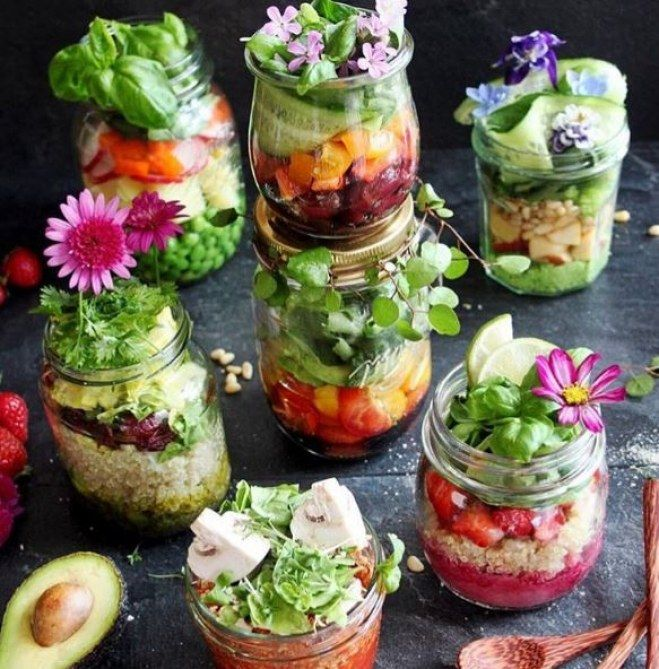 snackideen im glas die leckersten rezepte to go kochrezepte pinterest bunter salat bunt. Black Bedroom Furniture Sets. Home Design Ideas