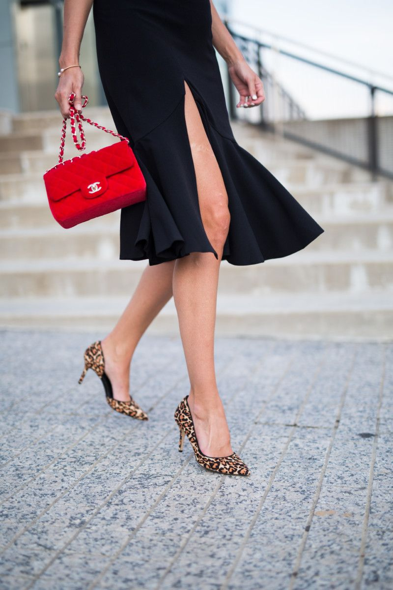 30 Black Dresses For A Wedding Guest The Miller Affect Outfit Wedding Guest Fashion Street Style Handbags [ 1200 x 800 Pixel ]