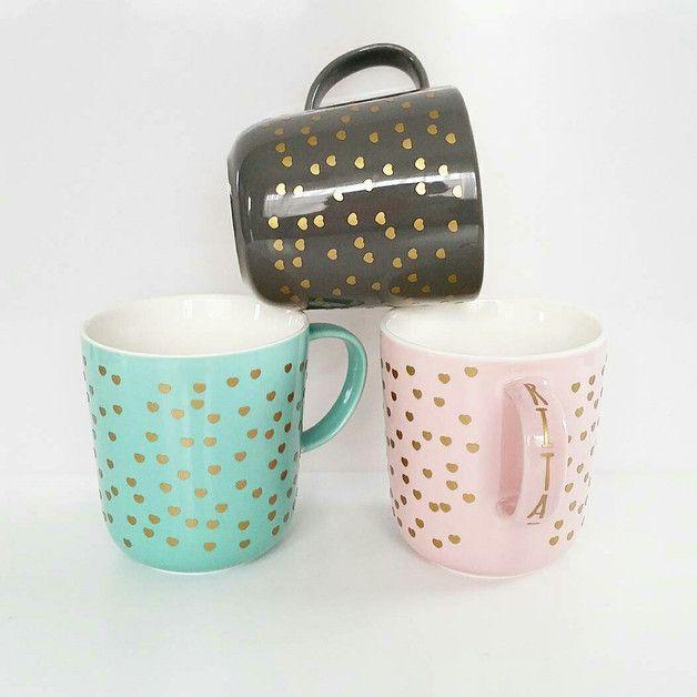 tasse mit goldenen herzen und deinem pers nlichen namen personalized cup with golden hearts. Black Bedroom Furniture Sets. Home Design Ideas
