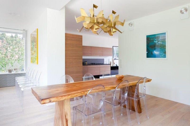 House N by 4a Architekten | Sillas comedor | Pinterest