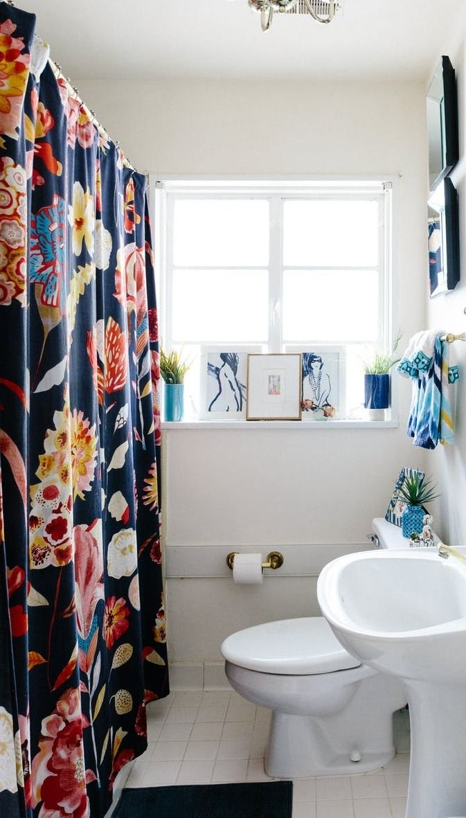 20 Reversible Ideas to Overhaul Your Rental Bathroom NOW | Bathrooms ...