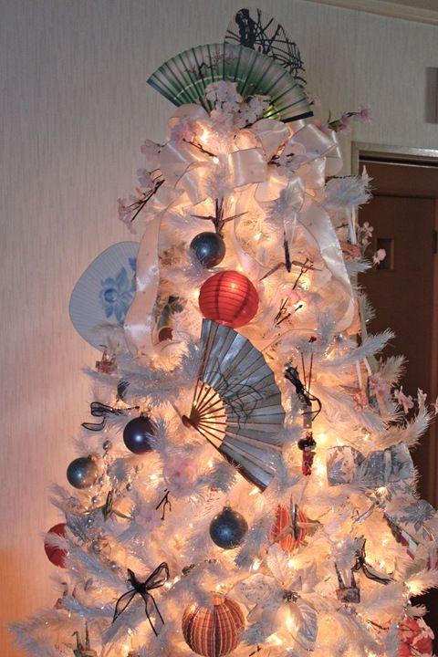 So Pretty Japanese Christmas Hanging Christmas Tree Outdoor Christmas Decorations